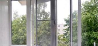 В Киеве трехлетний мальчик выпал из окна 15-го этажа