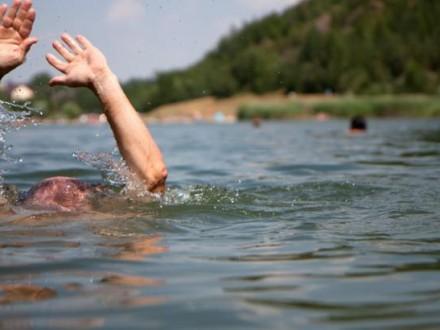 В Украине утонули 17-летние парни, спасая чужую жизнь