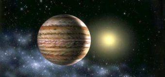 Полярное сияние в Солнечной системе покорило сеть. Фото