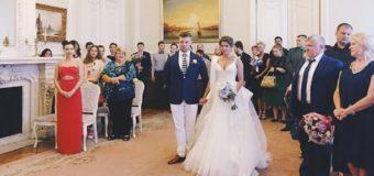 «Звезда» клипа «На лабутенах» пополнила ряды замужних дам. Фото