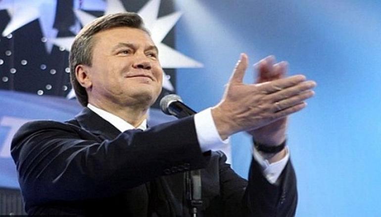 Соцсети смешно поздравили именинника-Януковича. Видео