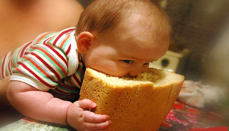 В Україні скорочується виробництво борошна та хліба