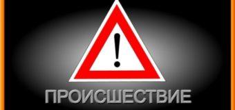 В Николаеве отец сбил на авто нападающего с пистолетом на его дочерей. Видео