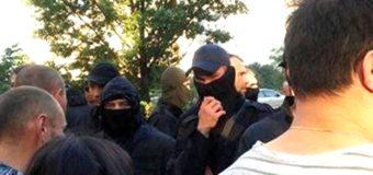 Скандальная стройка в Киеве: местные жители столкнулись с «титушками»