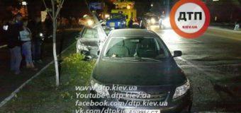 ДТП в Киеве: разбиты три авто, есть пострадавшие