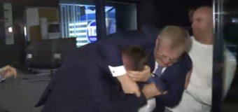 Драка нардепов: Парасюк напал на Вилкула после эфира. Видео