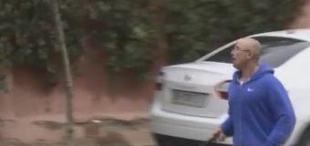 В центре Одессы мужчина с боевым ножом нападал на прохожих. Видео