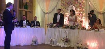 Ляшко спел акапельно на свадьбе Мосийчука. Видео. Фото