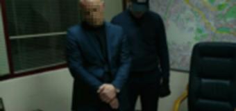 Скандал: киевского чиновника-рекетира поймали с поличным. Фото
