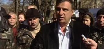 Сепаратиста, причастного к организации захвата Луганской ОГА, избили в Севердонецке
