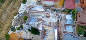 В Черноморске из-за оползня разрушились дома в элитном районе. Видео