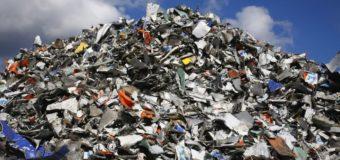 Киев «утопили» во львовском мусоре