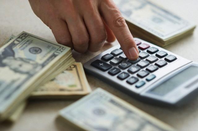 НБУ не планирует разрешать расчеты в долларах и евро внутри страны