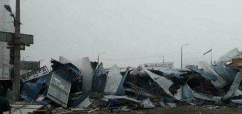 В Киеве снесли очередной рынок из ларьков