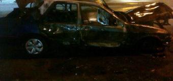 В Киеве горели три машины. Фото