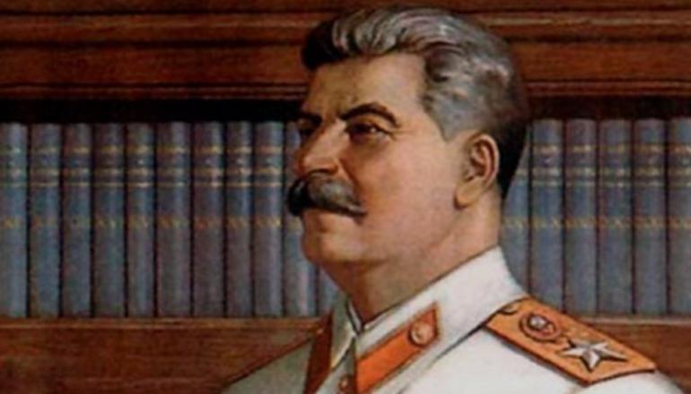 Внук Сталина умер в Москве прямо на улице. Фото