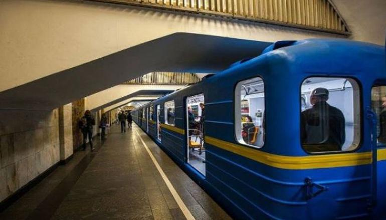 Столичне метро припинить роботу сьогодні о 23:00