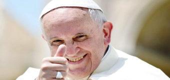Папа Римский сделал рожественский подарок переселенцам с Донбасса