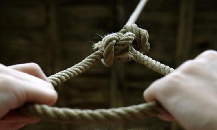 В Запорожской области дети обнаружили самоубийцу