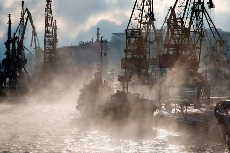 Завораживающие кадры «кипящего» одесского моря поразили пользователей сети. Фото