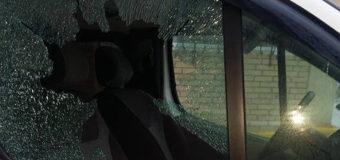 Во Львове обокрали автомобиль волонтеров АТО