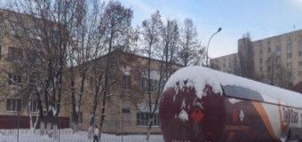 В Киеве демонтировали опасную газовую заправку