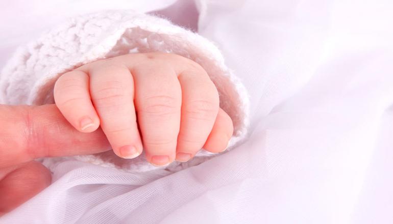 В Винницкой области 14-летняя девушка выбросила новорожденного из окна
