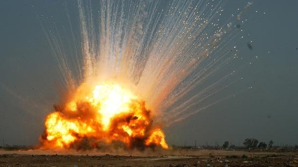 Мощный взрыв в Донецке унес жизни людей