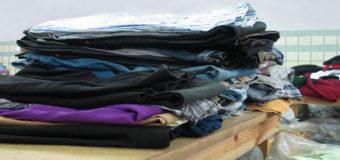 В Днепре бесплатно раздают теплую одежду