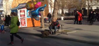 В оккупированном Крыму на улицах звучит украинская музыка. Видео