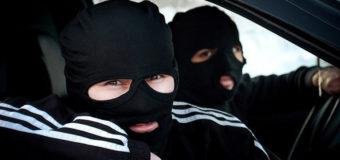 Бандитизм в Днепре: неизвестные люди в масках пугают горожан