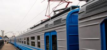 На Киевщине 15-летнего парня ударило током на крыше электрички