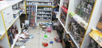 В Хмельницкой области женщина устроила погром в магазине