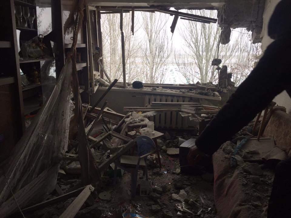 Шокурующие снимки обстрела Авдеевки ужасают людей. Фото