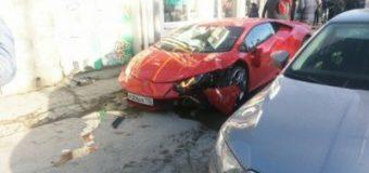 Самое дорогое ДТП: в Симферополе Lamborghini снес Daewoo Matiz. Видео