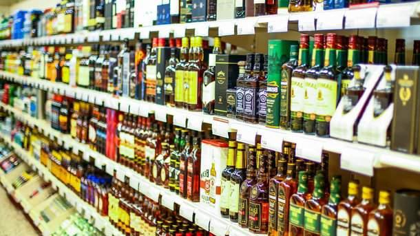 Украинцы обсуждают подробности ночной торговли алкоголем