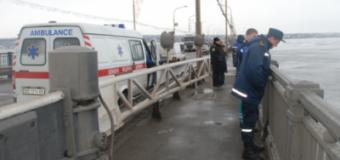 Очередной суицид в Запорожье: мужчина спрыгнул с арочного моста через Днепр