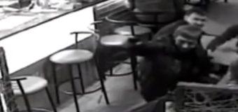 На Донбассе прокуроры устроили в кафе стрельбу. Видео