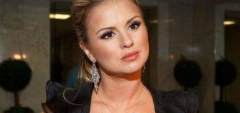 Фото похудевшей Анны Семенович на яхте вызвало восторг пользователей