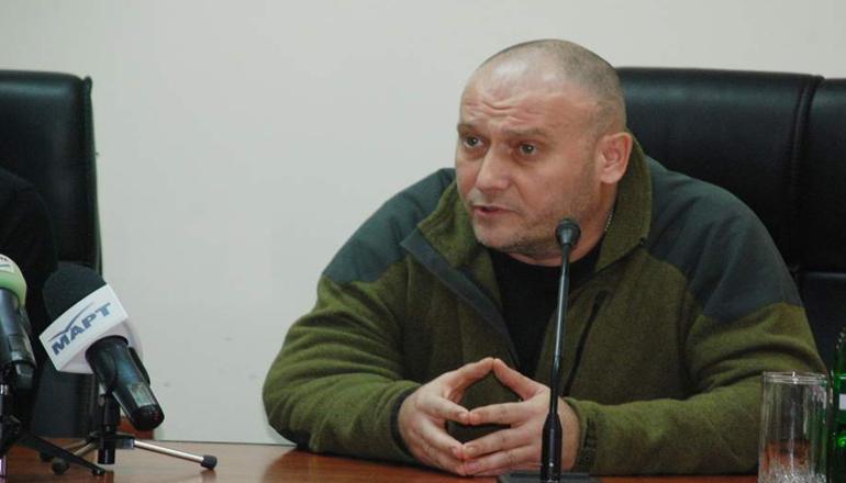 Нардеп пригрозил рубить сепаратистам головы