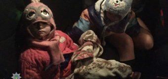 Киевская горе-мать заморозила своих девочек: подробности