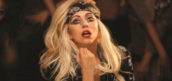 Леди Гага рассказала о болях в бедре