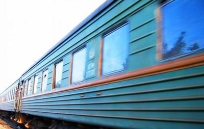 Смертельное ДТП: в Запорожье поезд протаранил Жигули