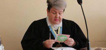 Ровенская судья с «боевым» макияжем прославилась даже в Британии