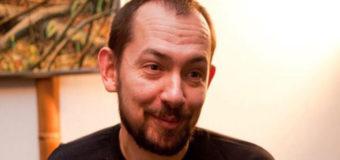 Украинского журналиста задержали в Москве во время интервью
