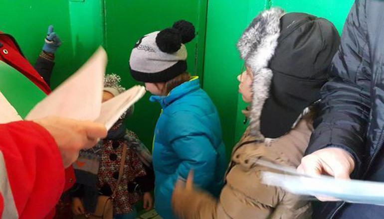 В Киеве женщина на глазах у четырех детей порезала сожителя. Фото