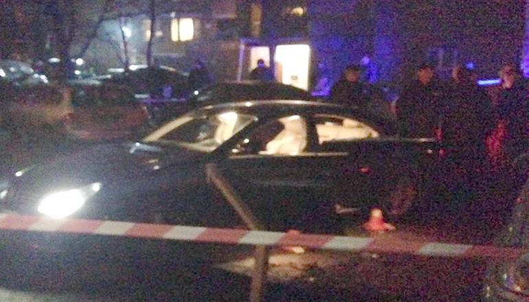 В Киеве расстреляли «Мерседес» с ребенком в салоне