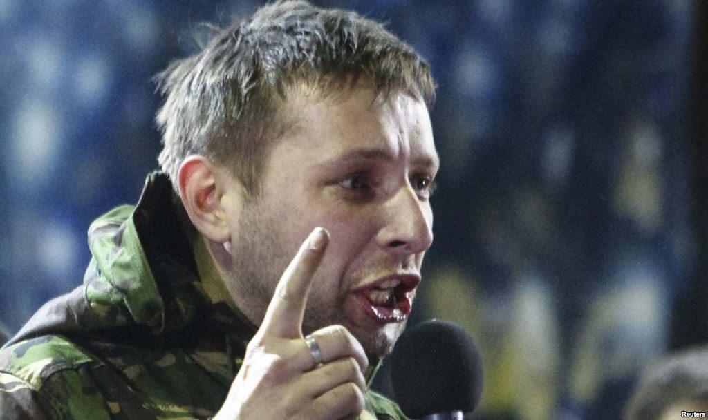 Украинцы осужадют Парасюка за избиение полицейских