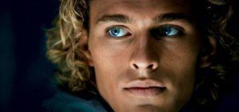 Голубоглазый Макс из фильма «Обитаемый остров» выбросился из окна высотки