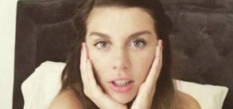 Анна Седокова опубликовала фото в купальнике спустя неделю после родов
